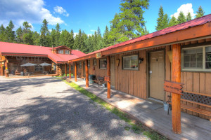 Historic Tamarack Motel - close to Park entrance